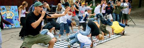 Projektwoche Schule, Breakdance Rapper, Graffiti Kurs